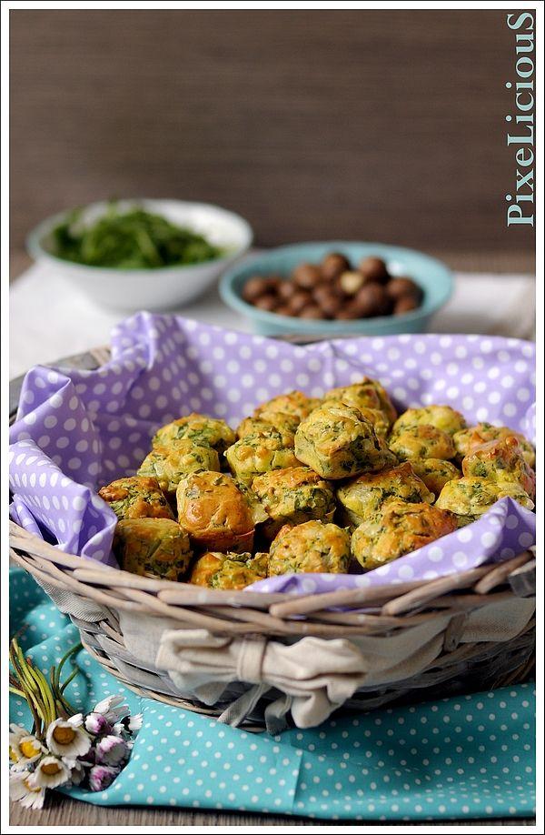 Piccoli Cakes con Rucola, Brie e Noci di Macadamia http://www.pixelicious.it/2015/06/11/piccoli-cakes-con-rucola-brie-e-noci-di-macadamia/
