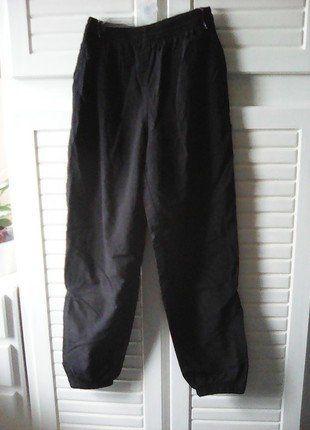 40630a3a3fec7 Pantalon de jogging noir decathlon