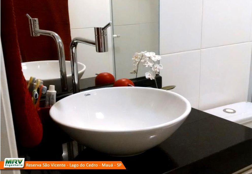 Apartamento decorado 2 dormitórios do Reserva São Vicente - Lago do Cedro no bairro Parque São Vicente - Mauá - SP - MRV Engenharia - Banheiro