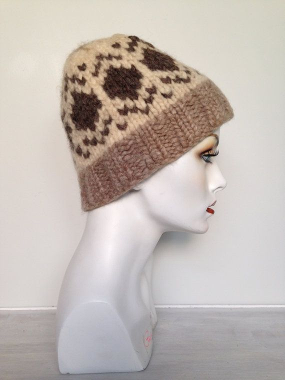 4eac6c28336 Handmade 70s Vintage Toque Cowichan Hat In by VintageEclectica  VINTAGE   COWICHAN  TOQUE  HATS  GIFTIDEAS  XMAS  XMASGIFTS  CHRISTMAS   CHRISTMASGIFTIDEAS ...