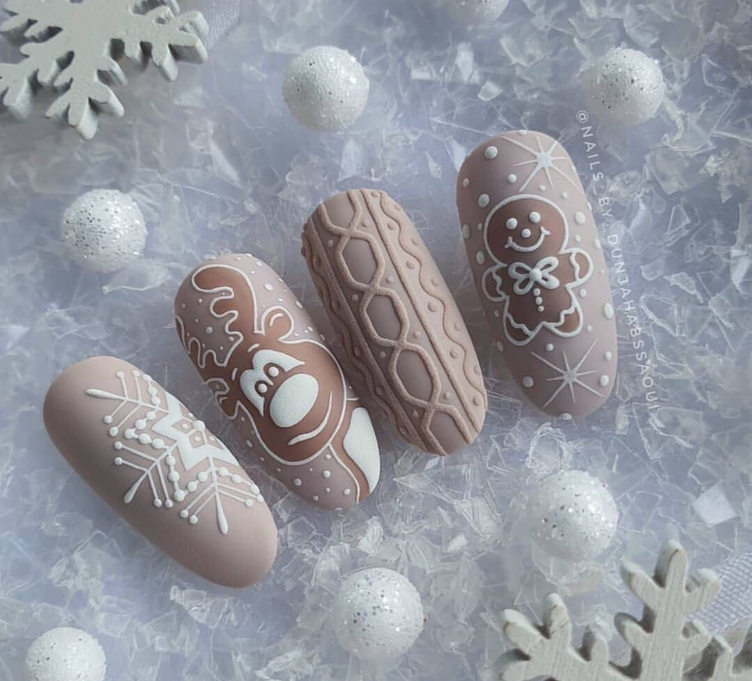 Christmas nails🎄 shared by ▹Denisse◃ on We Heart I