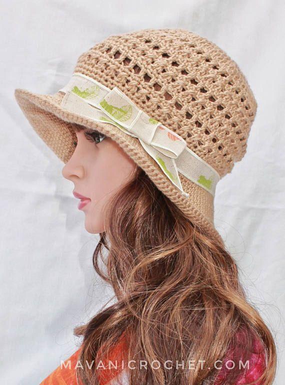 Gorro de verano tejido crochet beige y lazo 54bbf659a74