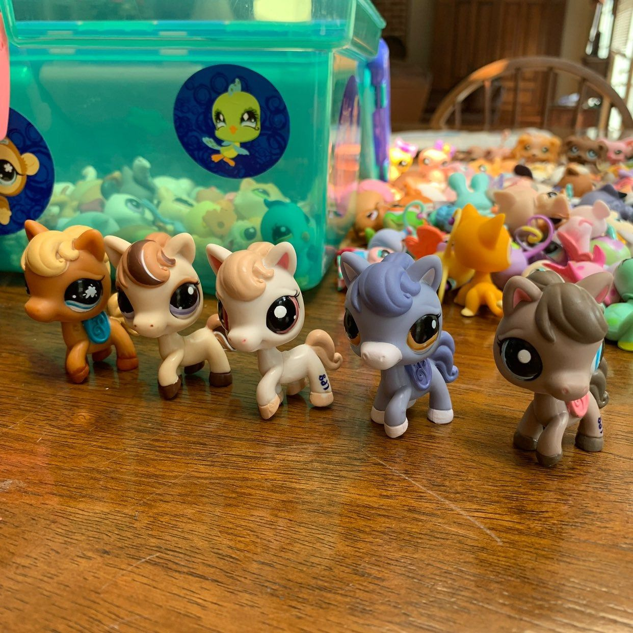 Lot Of 5 Lps Horses Good Condition Some Minor Flaws But Still Super Cute Message Me With Any Questions Open To Offe Lps Toys Lps Pets Little Pet Shop Toys [ 1242 x 1242 Pixel ]