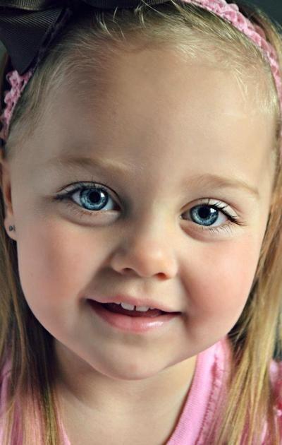 Most Beautiful Eyes Contest Child Smile Beautiful Children