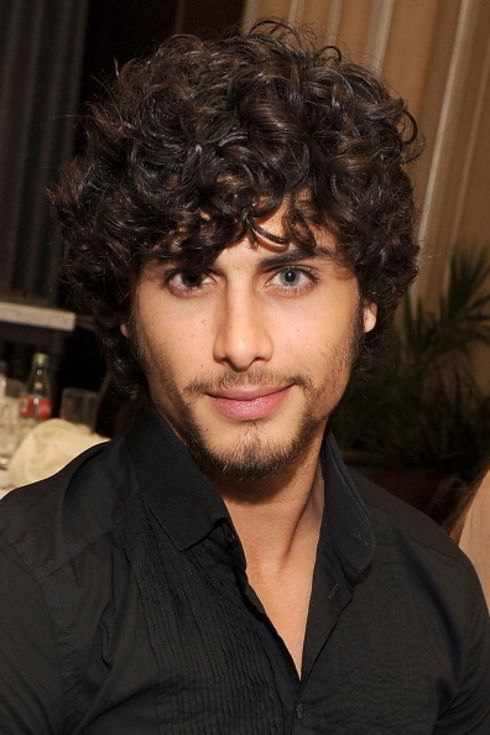 21 Latino Actors That Should Be Taking Over Hollywood Curly Hair Men Latino Actors Mens Hairstyles