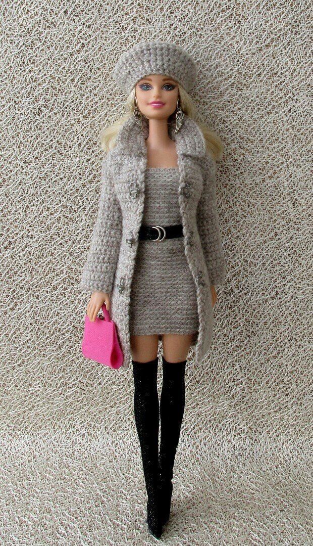 Barbie is looking good (well, maybe she needs to buy a new handbag ...