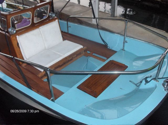 Get Installed The Best Wooden Boston Whaler Console In Your Watercraft Boston Whaler Whalers Boston Whaler Boats