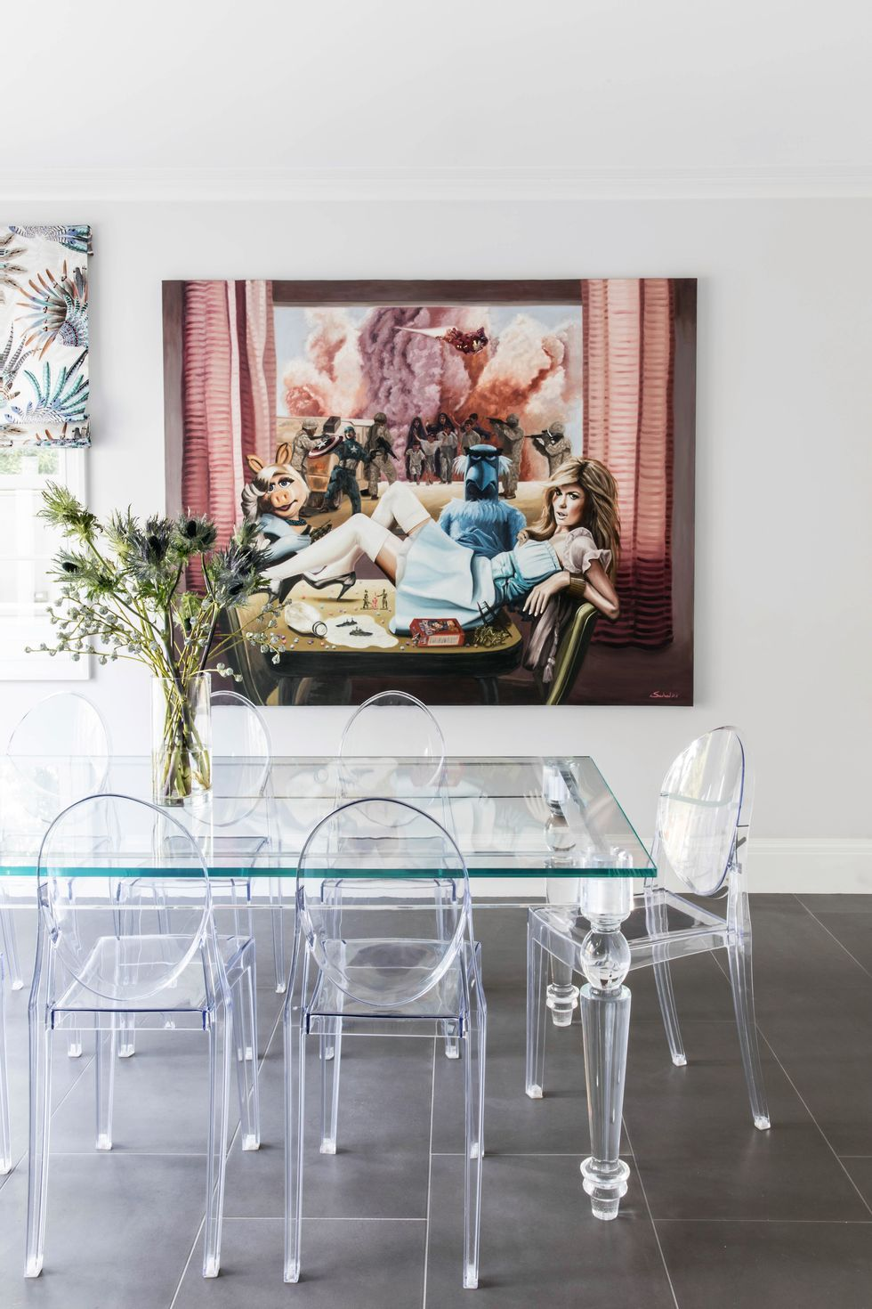Here S How To Style Acrylic Dining Chairs Acrylic Dining Chairs