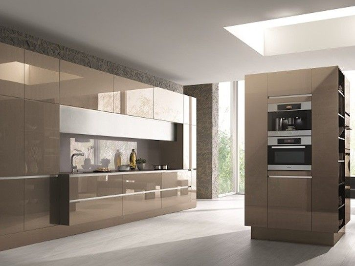 Gold bronze metallic glass kitchen kitchens pinterest gold bronze metallic glass kitchen planetlyrics Image collections