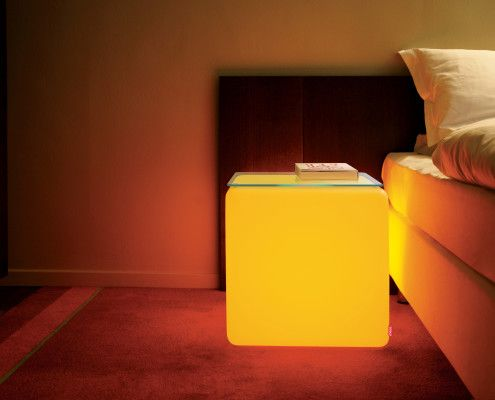 cozy atmosphere with the #LED #cube.|| gemütliche atmosphäre mit dem #LED #cube.|| atmosphère confortable avec le #LED #cube. #moree #schlafzimmereinrichtung #Nachttisch #schlafzimmer