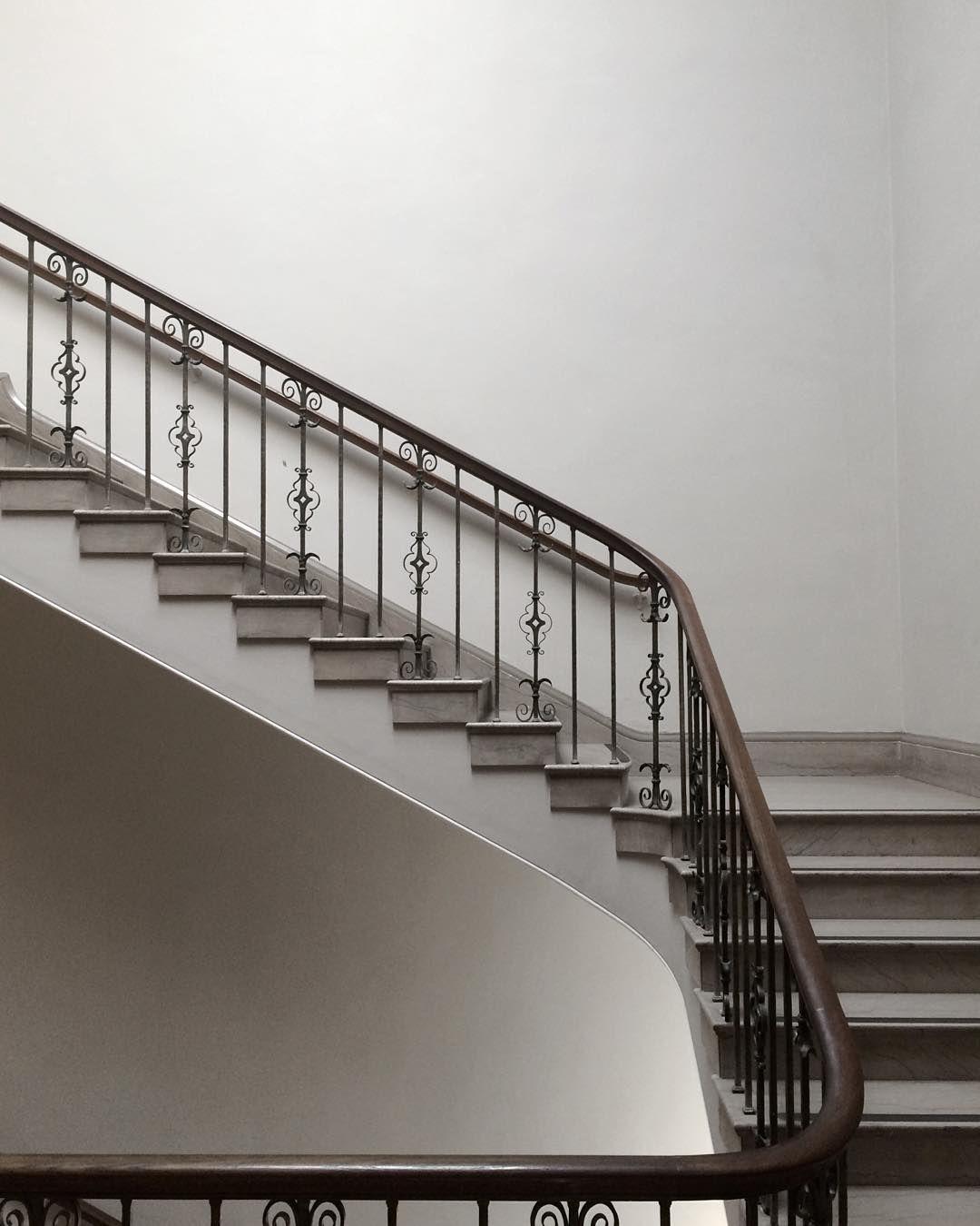 Home Decoration Design Minimalist Interior Design Staircase: Minimalist Goods Delivered To You Quarterly @ Minimalism