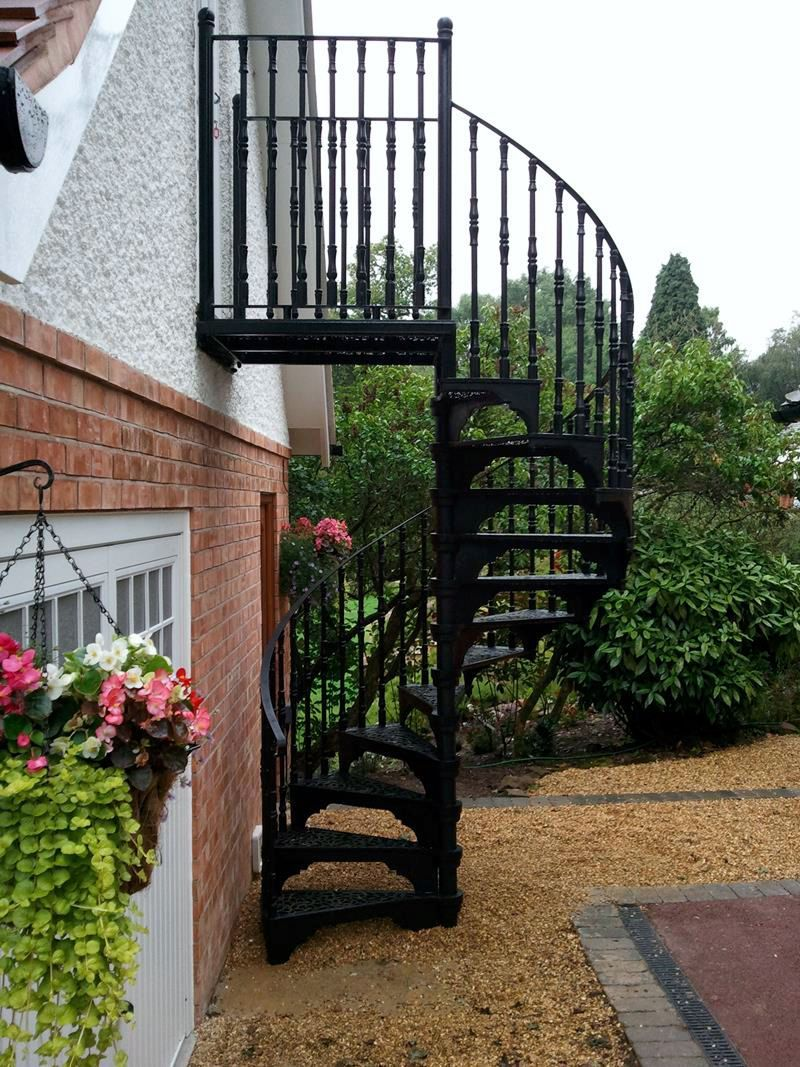 Best Victorian Cast Iron Large External Spiral With Images Staircase Outdoor Spiral Staircase 640 x 480