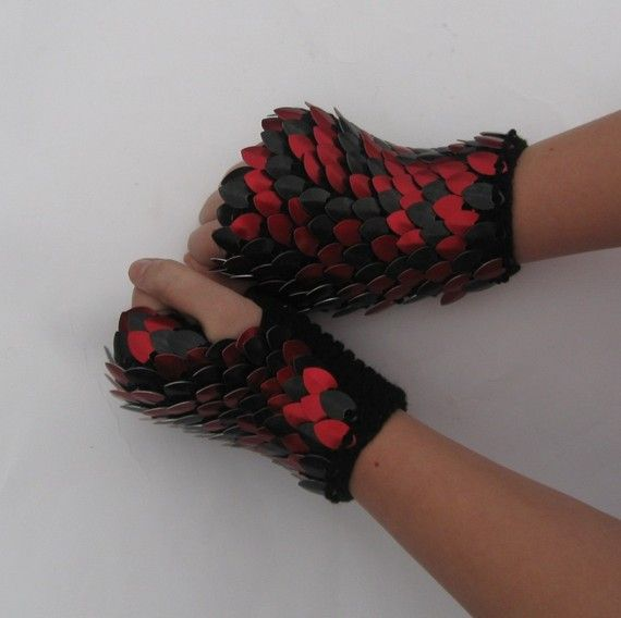 Scalemail Dragonhide Knitted Armor Gauntlets in Red and Black reserved for Sterling