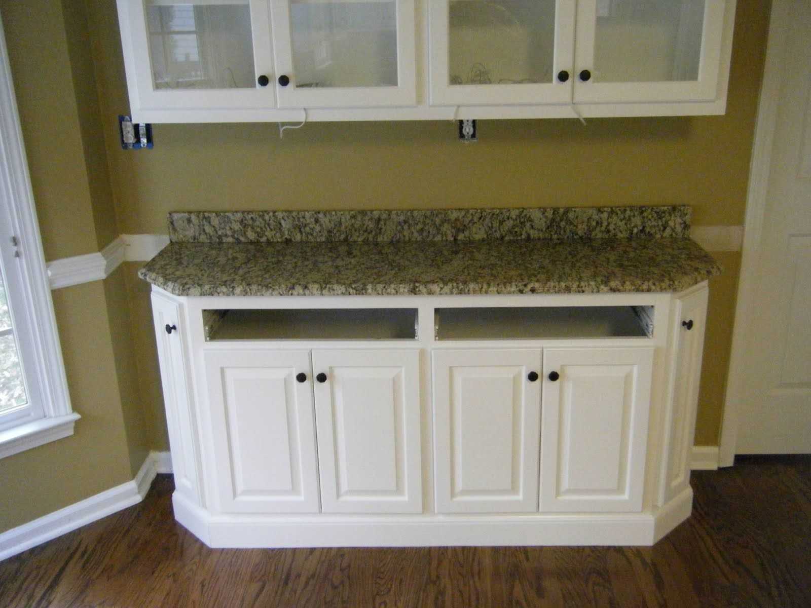 Santa Cecelia Granite With White Cabinets No Backsplash Idea
