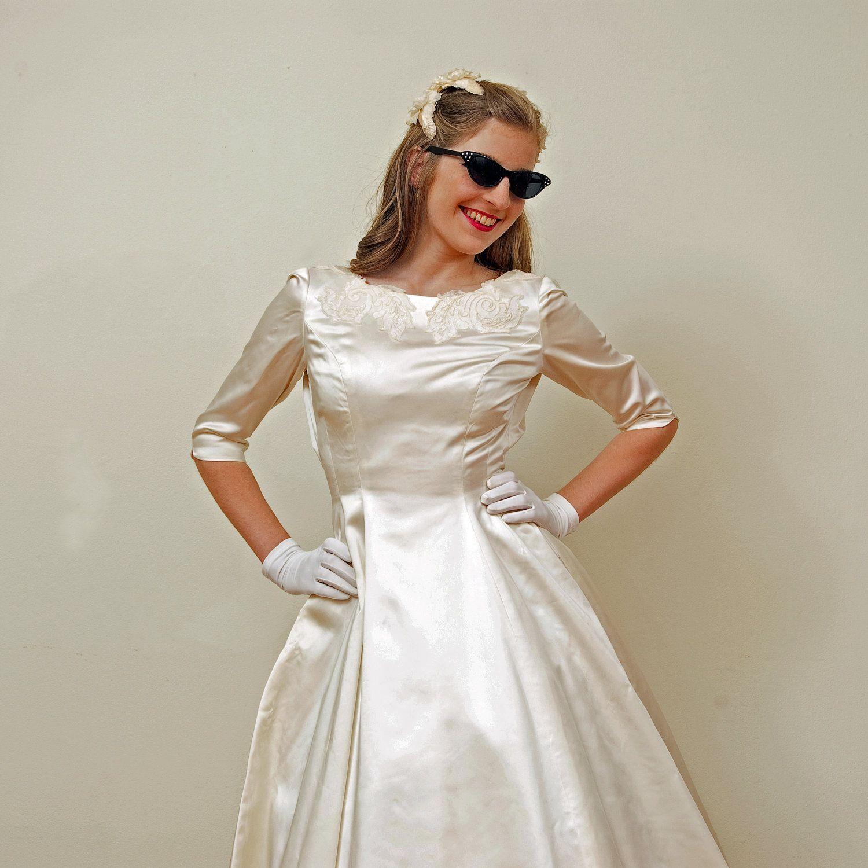 Vintage 50s 60s Wedding Gown, Ivory Satin w/Lace Applique