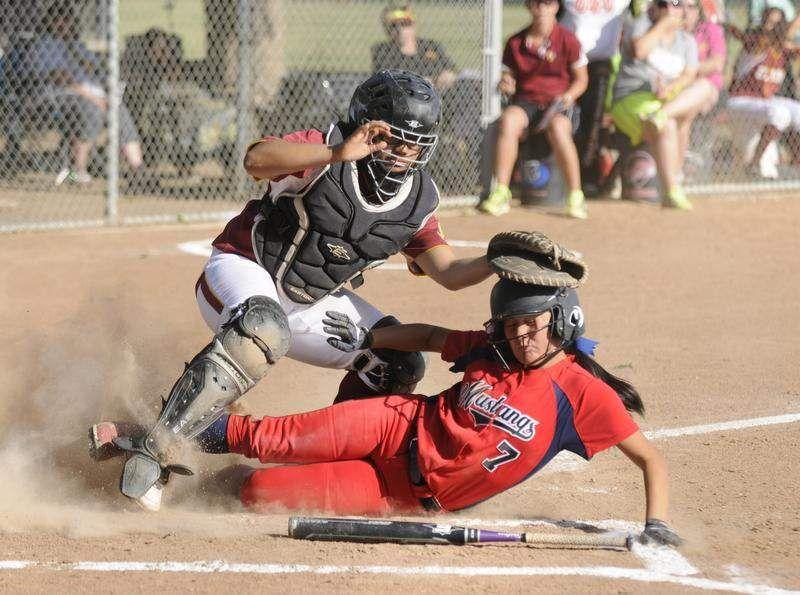 Visalia Times Delta And Tulare Advance Register High School Softball Tulare California Girls