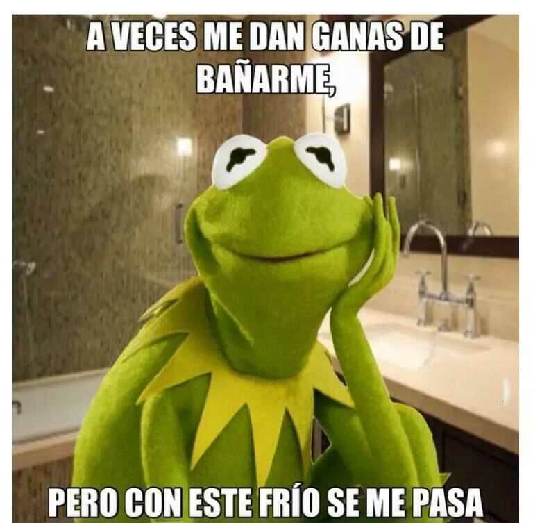 Con O Sin Frio Yo Si Me Bano Mexican Humor Humor Funny Memes