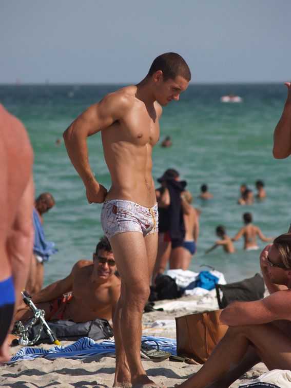 tong-erected-man-on-beach-mother