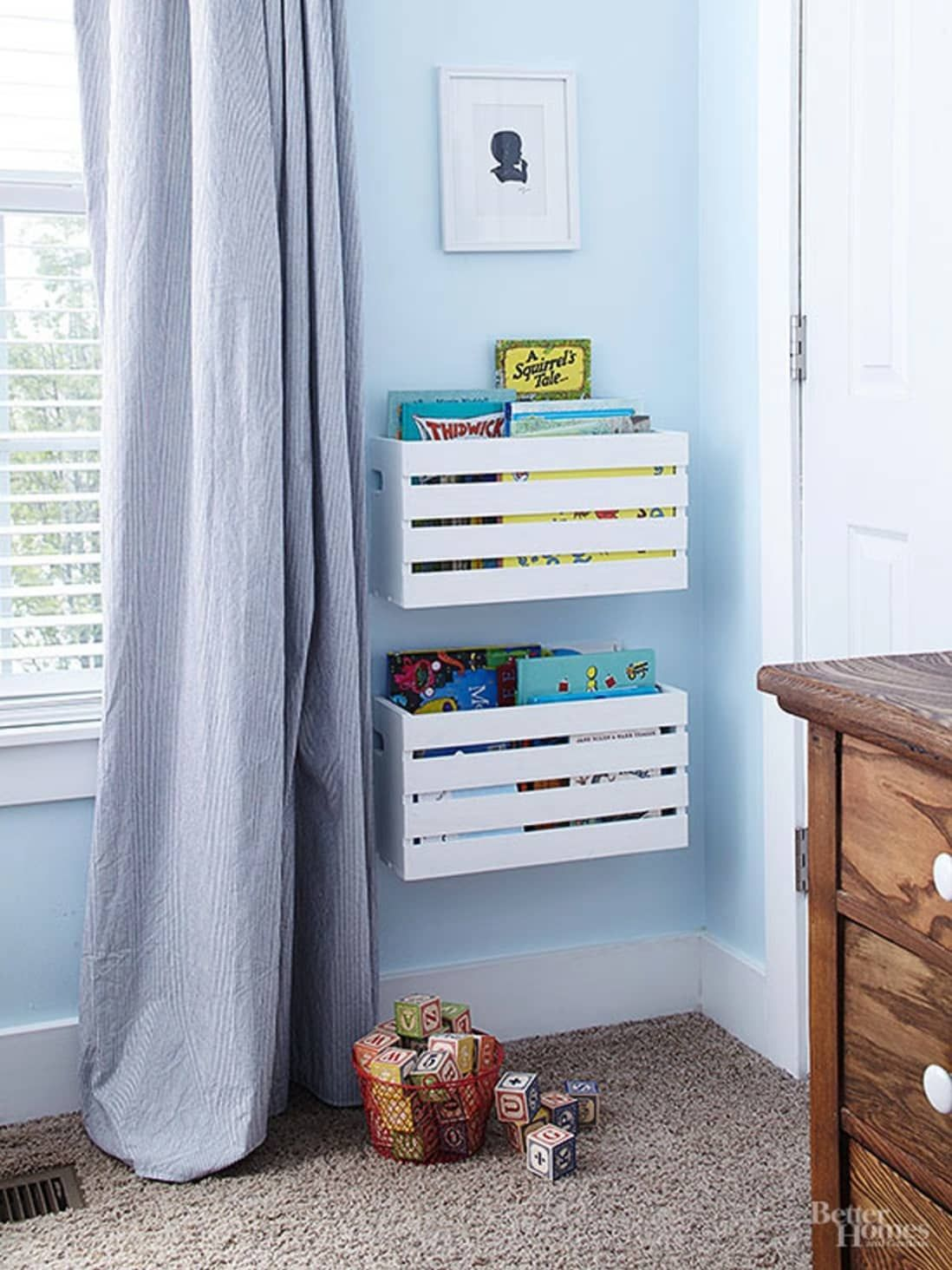 Photo of Buy or DIY: Smart and Stylish Wall Storage to Organize Your Small Bedroom