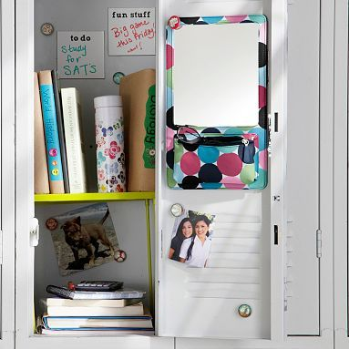 lots of awesome locker decoration ideas and links to purchase sites kathrine fawcett hahahha