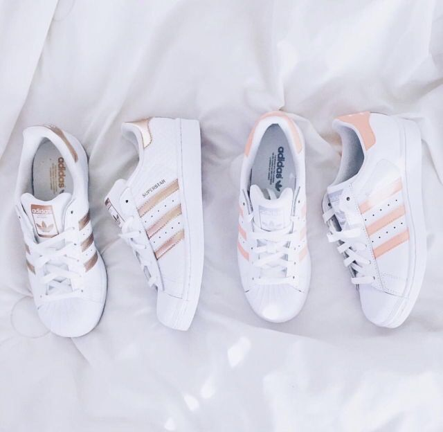 Pinterest : ღ sweetlikeaqsa ღ ♡ We heart it: ღ aqsacake ღ More. Rose Gold  Addidas ShoesRose ...