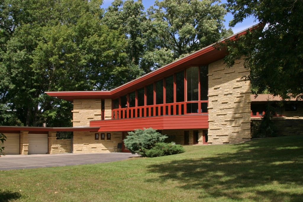 11 Frank Lloyd Wright homes you can rent right now | Frank lloyd ...