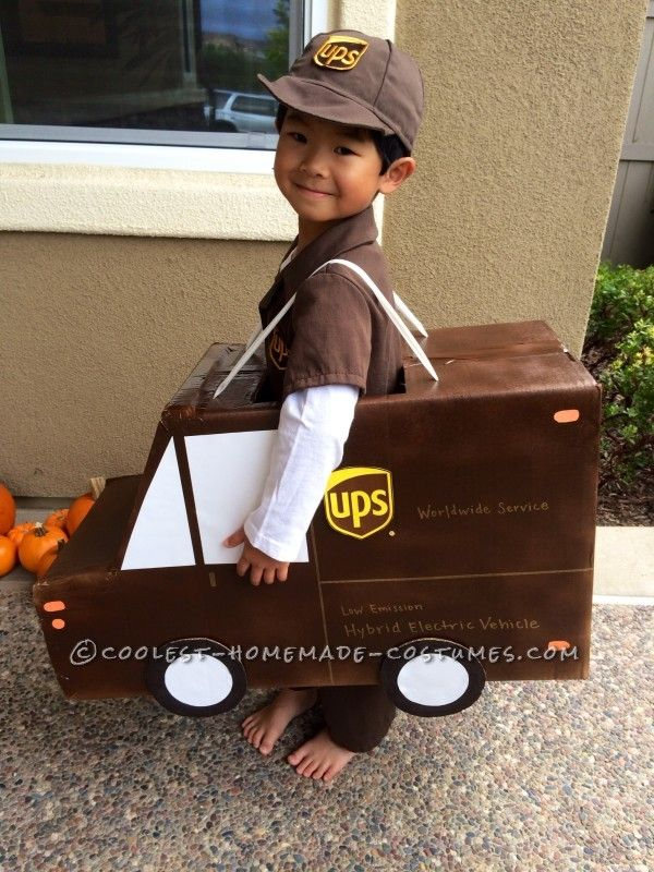 ups fedex and usps family costume working together for on time delivery - Ups Man Halloween Costume