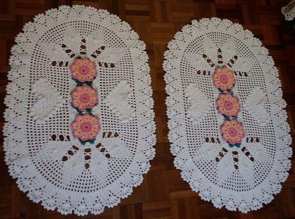 d8af6ed9c7 Tapete oval de Crochê Coração de Pipoca 2 peças