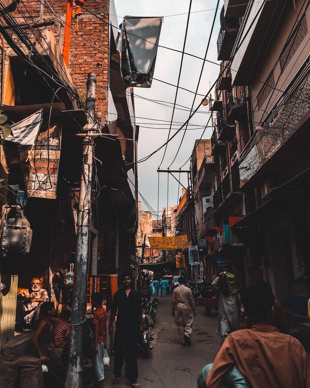 P A R T 1 Exploring Androon Lahore / Walled City of