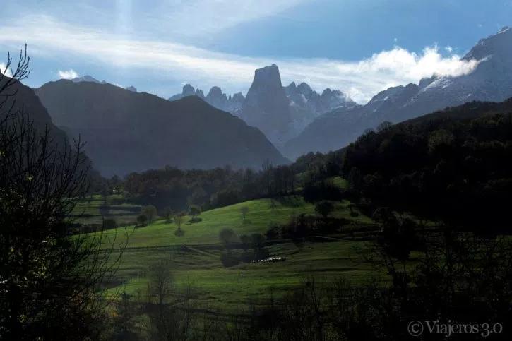 Miradores Del Naranjo De Bulnes En Picos De Europa Picos De Europa Rutas De Senderismo Europa