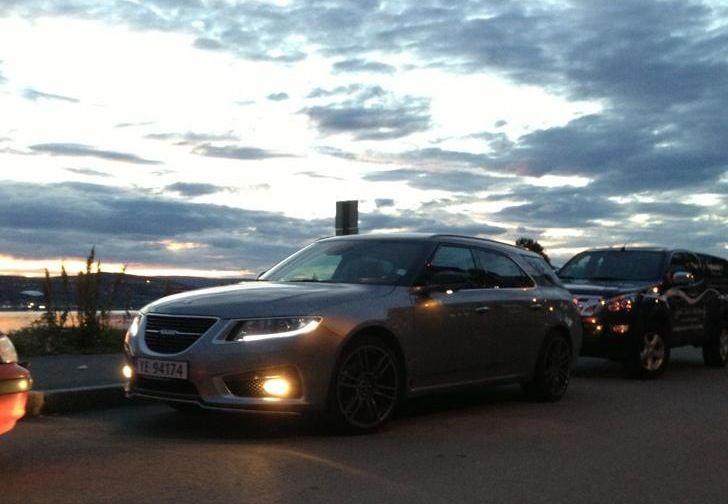 The Saab 9 5 Sportcombi Wagon Led Xenon Lighting Strips Foglamps Puddle Lights On Saab Dream Cars Lights