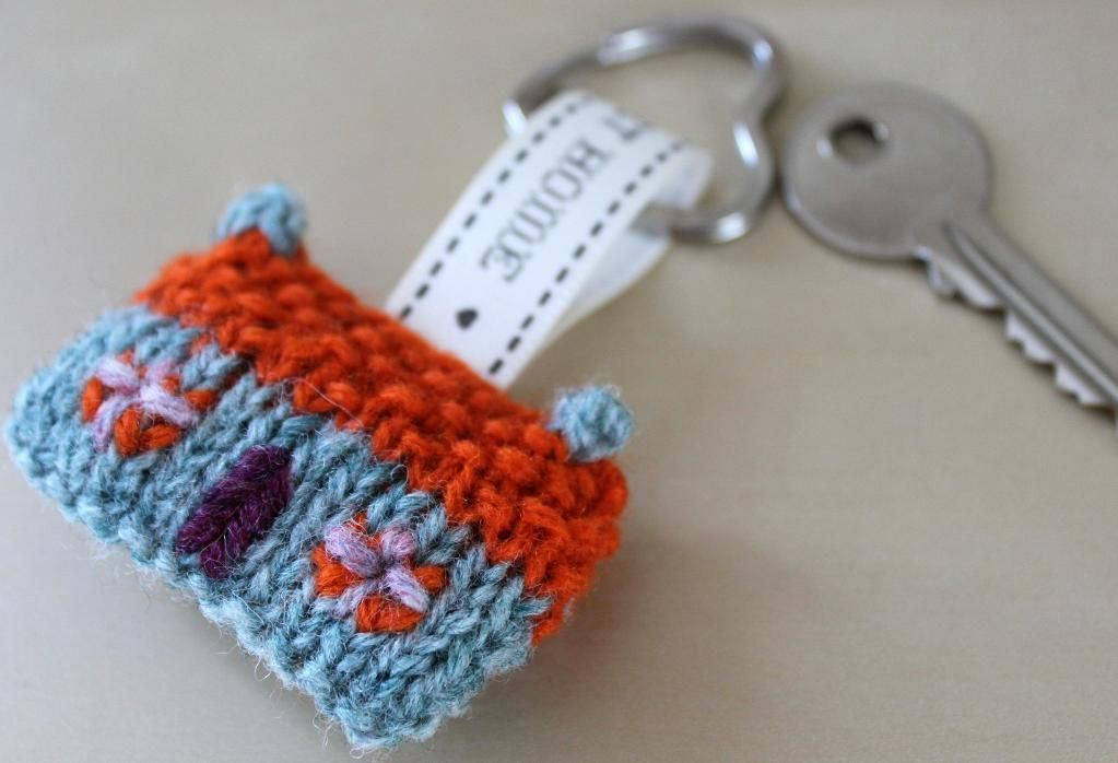 Home Sweet Home Wee House Brooch and Key | Crafts, Knit patterns and ...