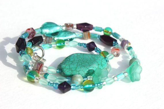 Necklace Green Handmade by LaurasCozyCottage on Etsy, $16.00