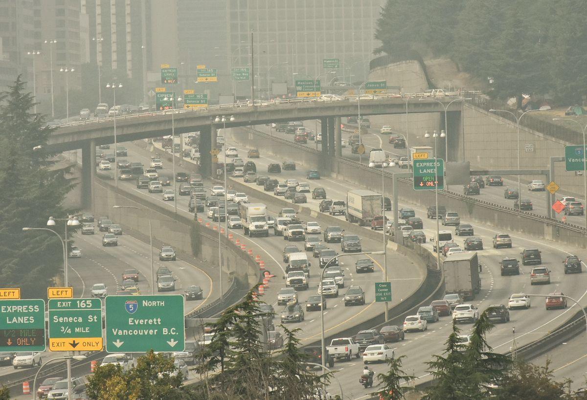 Watch Wildfire Smoke Engulf An Entire City City, Smoke