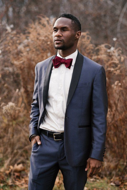 Unique groom fall wedding outfit - navy suit + deep red bowtie ...