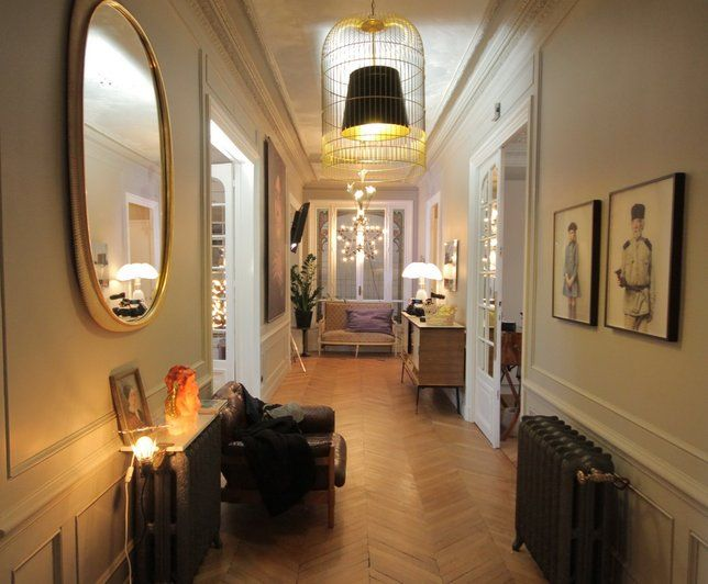 Photo deco entr e moderne appartement familial chic et doux entr es origi - Idee amenagement entree appartement ...