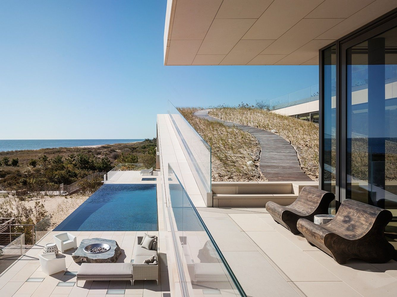 1100 Architect Long Island Ny Sand On The Roof With Timber Path Just Awesome Idea Long Island House Pool Water Features Architect