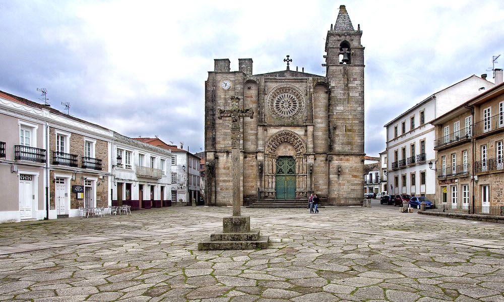 Descubre Noia En La Coruña Una Villa Señorial Con Encanto Que Esconde Un Casco Antiguo Y Un Montón De Lugares Por Descubr Guia De Viaje A Coruña Casco Antiguo