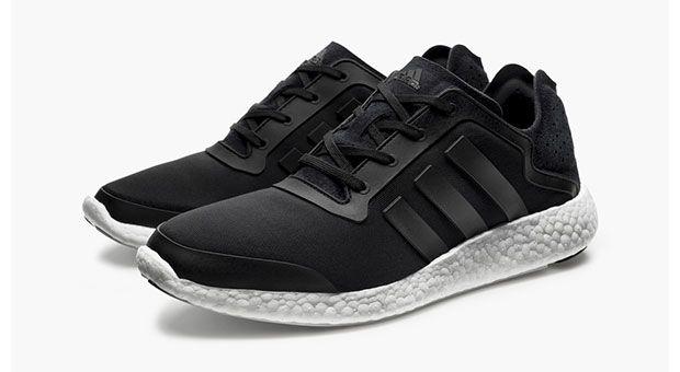 Adidas Pure Boost noire minimaliste et épurée #adidas #pureboost #running