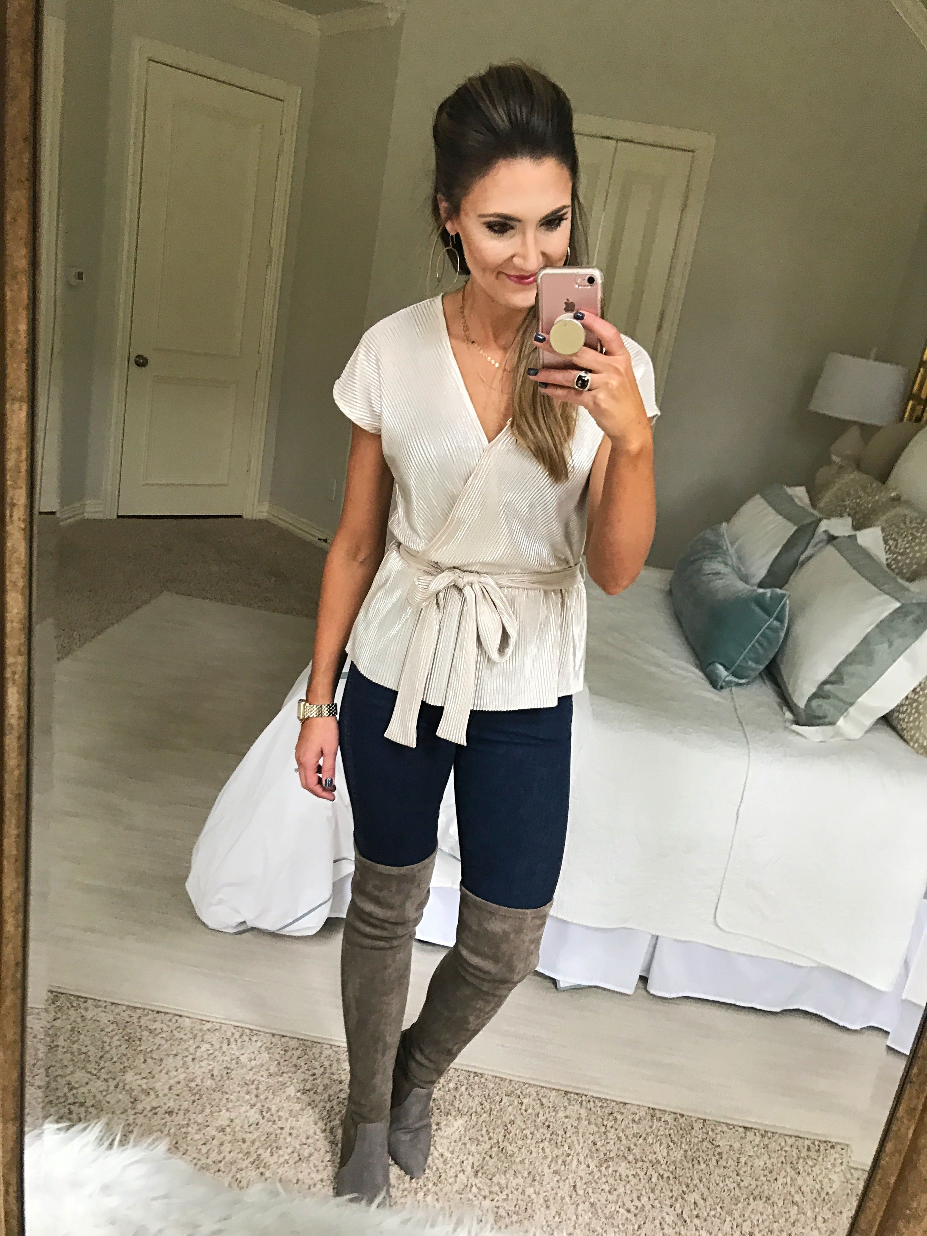 efa71fc00e87a Holiday Outfit Inspiration | Style & Outfit Ideas | Holiday outfits ...