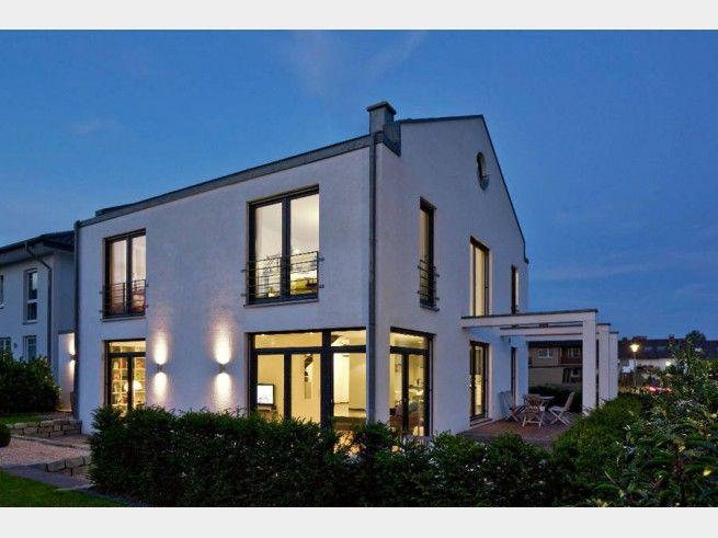 Massivhaus modern satteldach  Hausansicht Kundenhaus Familie Arndt Architektenhaus modern mit ...