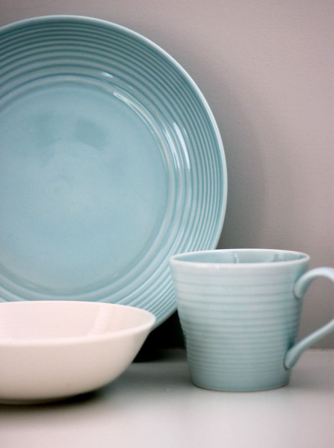Into The Blue. GIve your white dishes a stylish new look by adding some colour · The GiveGordon RamsayInto ... & Into The Blue. GIve your white dishes a stylish new look by adding ...