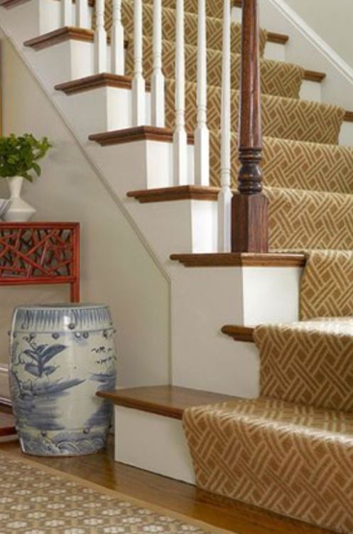 It's A Wonderful Palmetto Life. BEST RUG AND STAIR RUNNER COMBINATION. !!!
