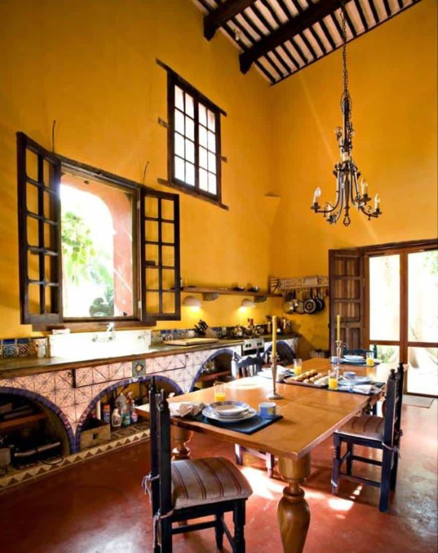 Mexican Kitchens With Chandelier Over Island Table And ...