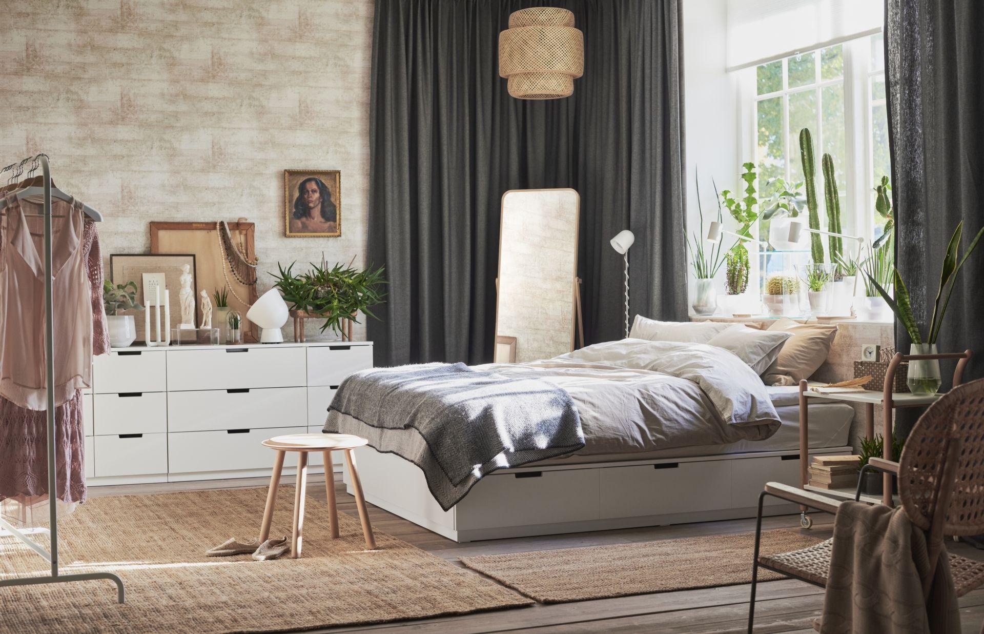 Hanglamp Slaapkamer Wit : Nordli bedframe met opberglades wit ikea bedroom ikea