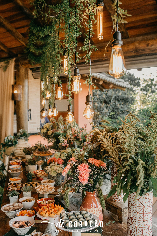 Casamento Nordico Muito Verde E Flores Diferentes Detalhe Mesa