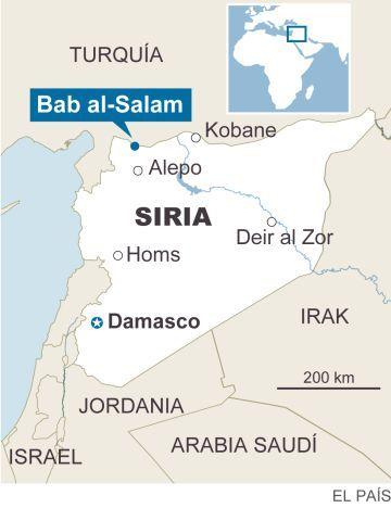 Decenas De Miles De Sirios Huyen De Alepo Hacia La Frontera Con Turquia Turquia Alepo Siria Siria