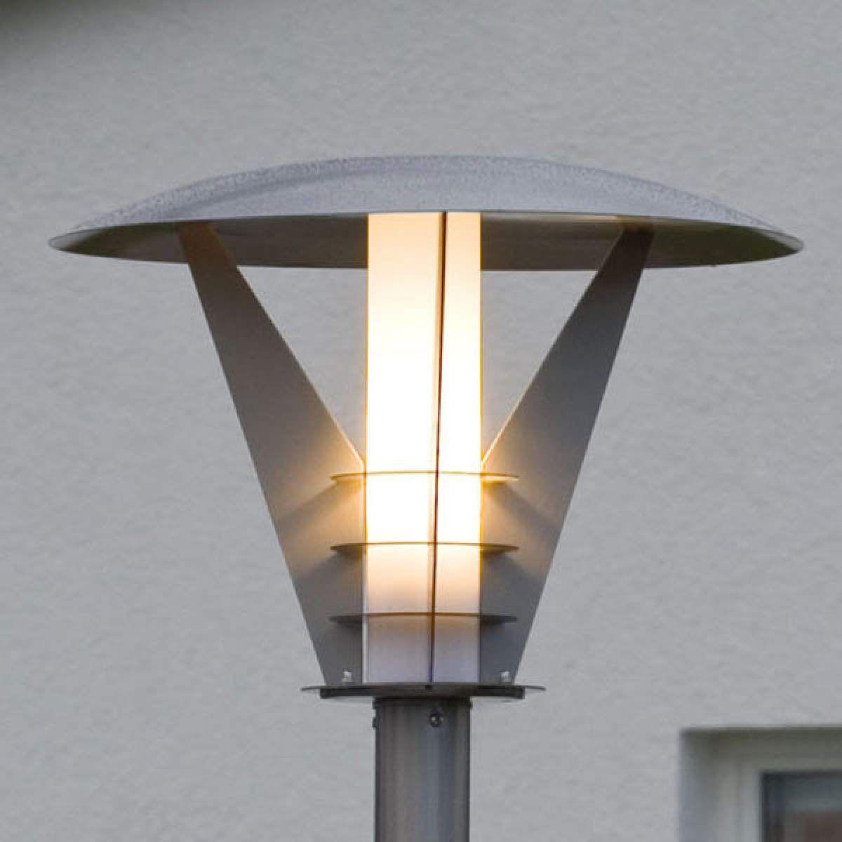 Mastleuchte Larissa Aus Edelstahl Modernes Design Von Konstmide Strassenlaterne Modernes Design Edelstahl