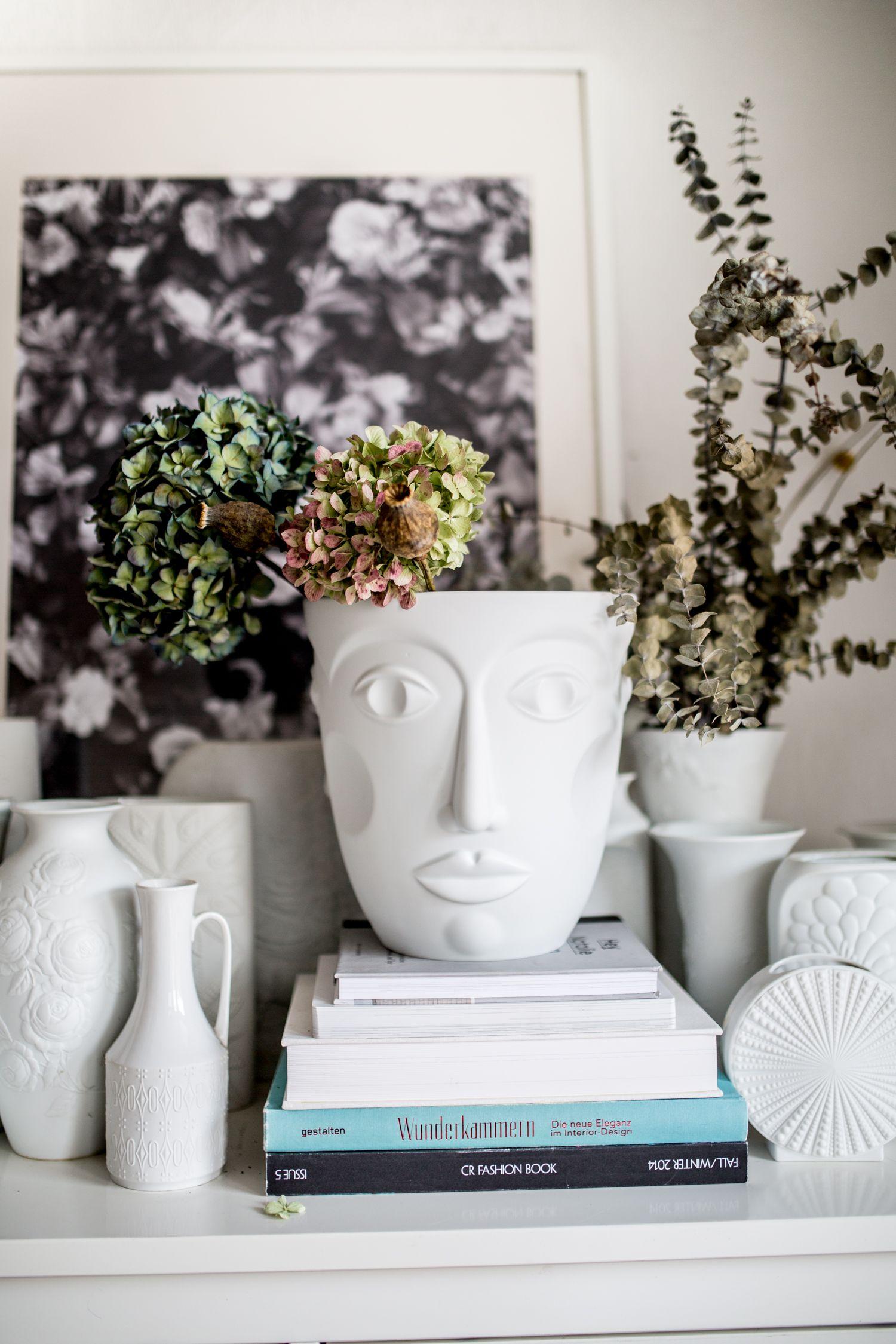 Herzstck faces khler von sieger by frstenberg white vases herzstck faces khler von sieger by frstenberg porcelain ceramicsceramic vaseceramic potterywhite vasesvintage floridaeventfo Choice Image