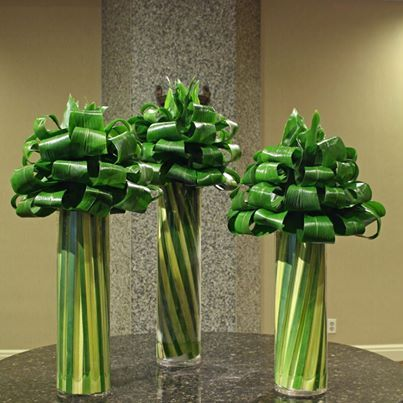 Floral artistry... all green aspidistra and hala leaves.